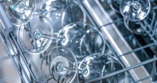 Geschirr wird nicht sauber in Spülmaschine